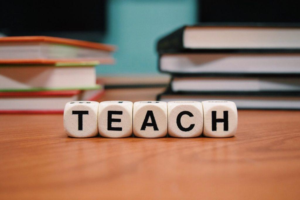 education writing jobs for teachers 3